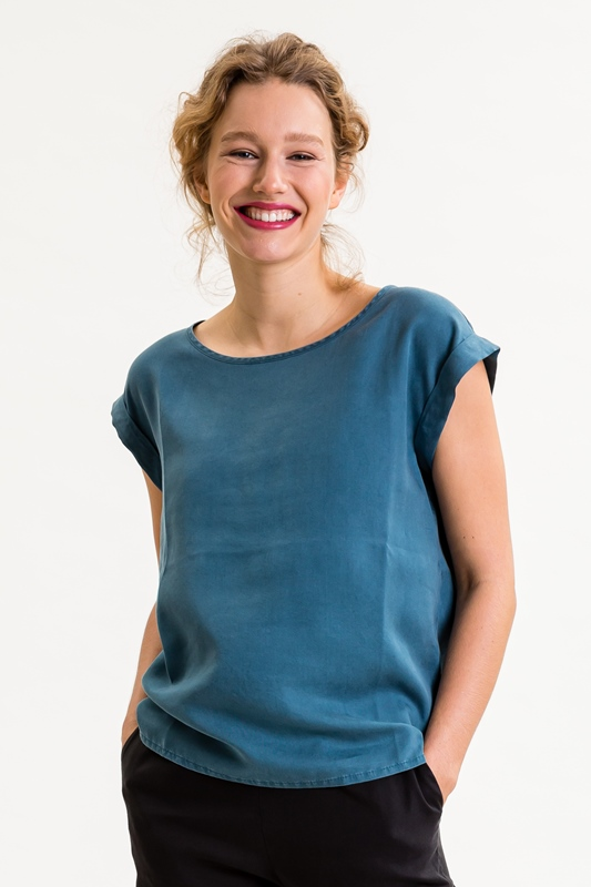 Johannaina T-Shirt