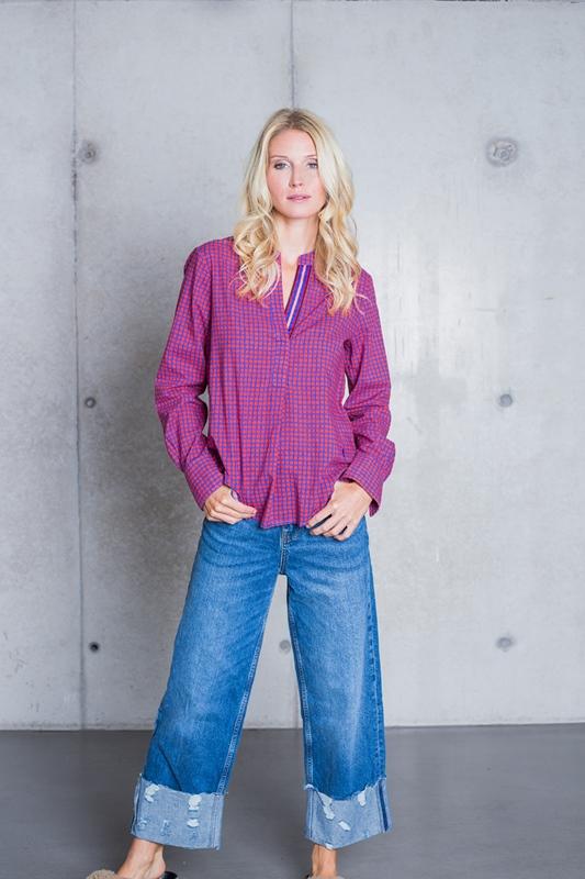Bluse blau mit roten Tupfen Baumwolle